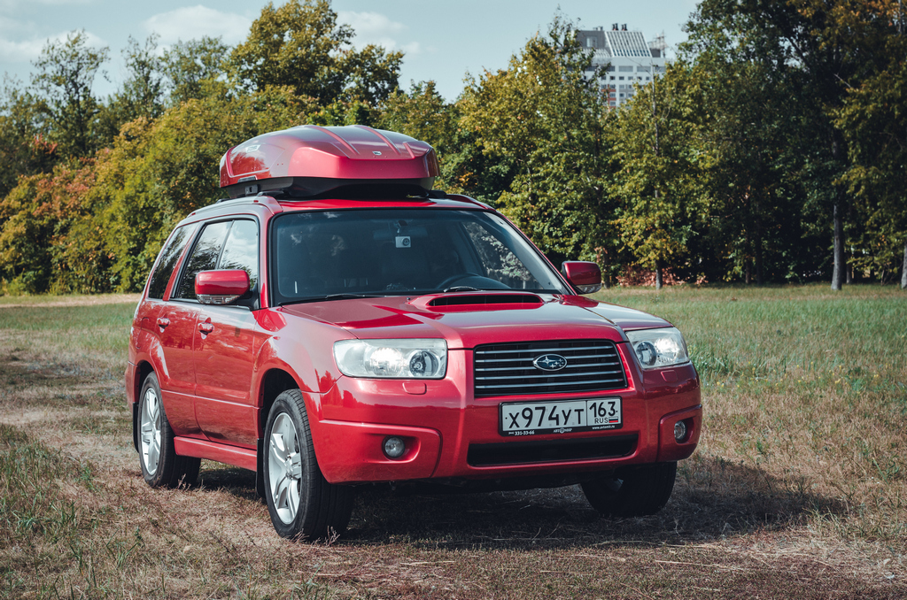 Broomer_Venture_L_Red_Subaru Forester (2).jpg